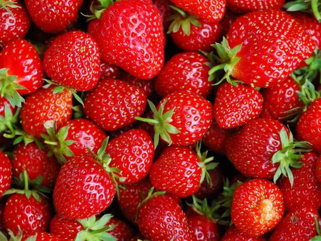 7 причин з'їсти полуницю: у чому користь ягоди